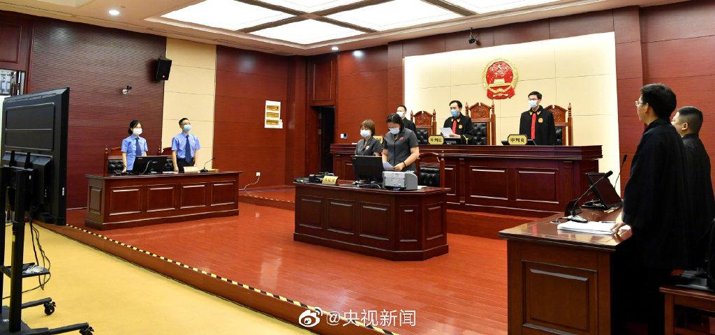 26年后再审改判无罪,江西高院负责人向张玉环赔礼道歉