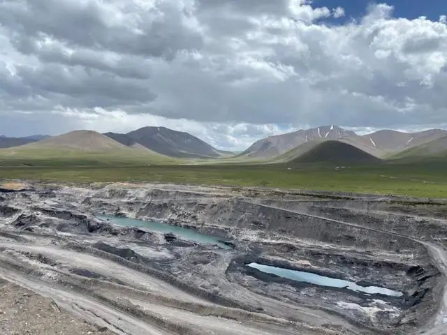祁连山非法采煤获利百亿至今未停?当地成立专项工作组赴现场