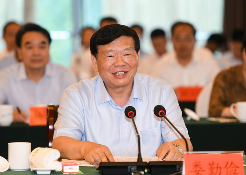 江苏贵州扶贫协作工作联席会议在铜仁举行 娄勤俭孙志刚谌贻琴出席
