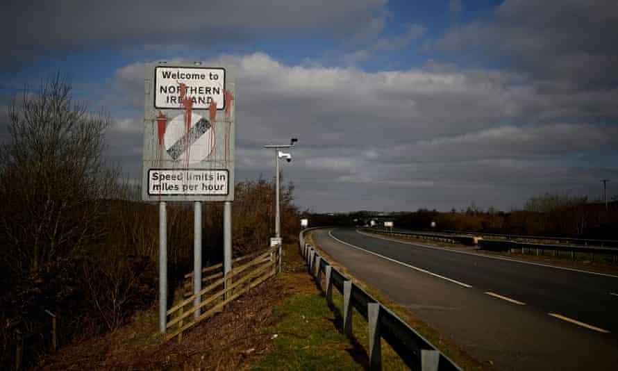 英国与欧盟就脱欧后在北爱尔兰实施贸易规则谈判
