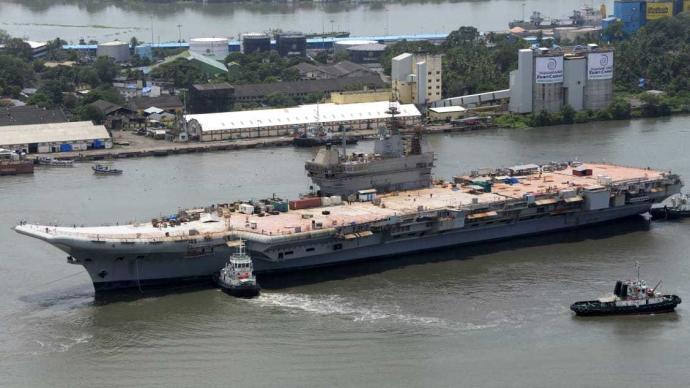 印度军方称首艘国产航母将于2021年底或2022年初服役