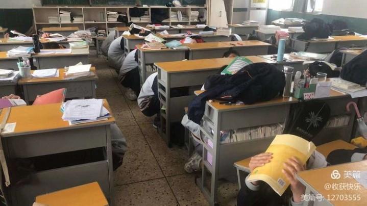 5月12日下午文昌高中开展防震避险应急疏散演练暨消防安全演练