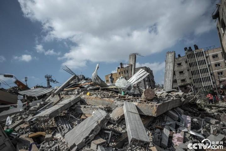 以色列对加沙空袭已致83人死亡