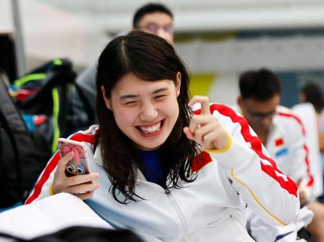 """3岁""""下水""""、15岁进国家队!南体健儿张雨霏获东京奥运会女子100米蝶泳银牌"""